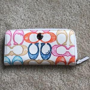 Coach white/ multicolored scribble wallet